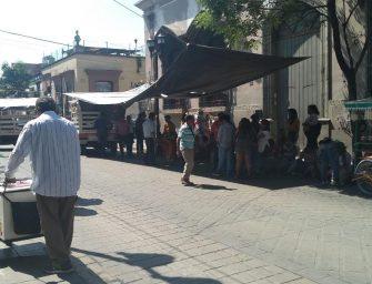 FIPO bloquea a la altura del Palacio de Oaxaca de Juárez, por el incumplimiento de acuerdos de Oswaldo García Jarquín