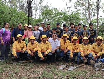 Contribuye Semaedeso en reforestación del Cerro del Fortín