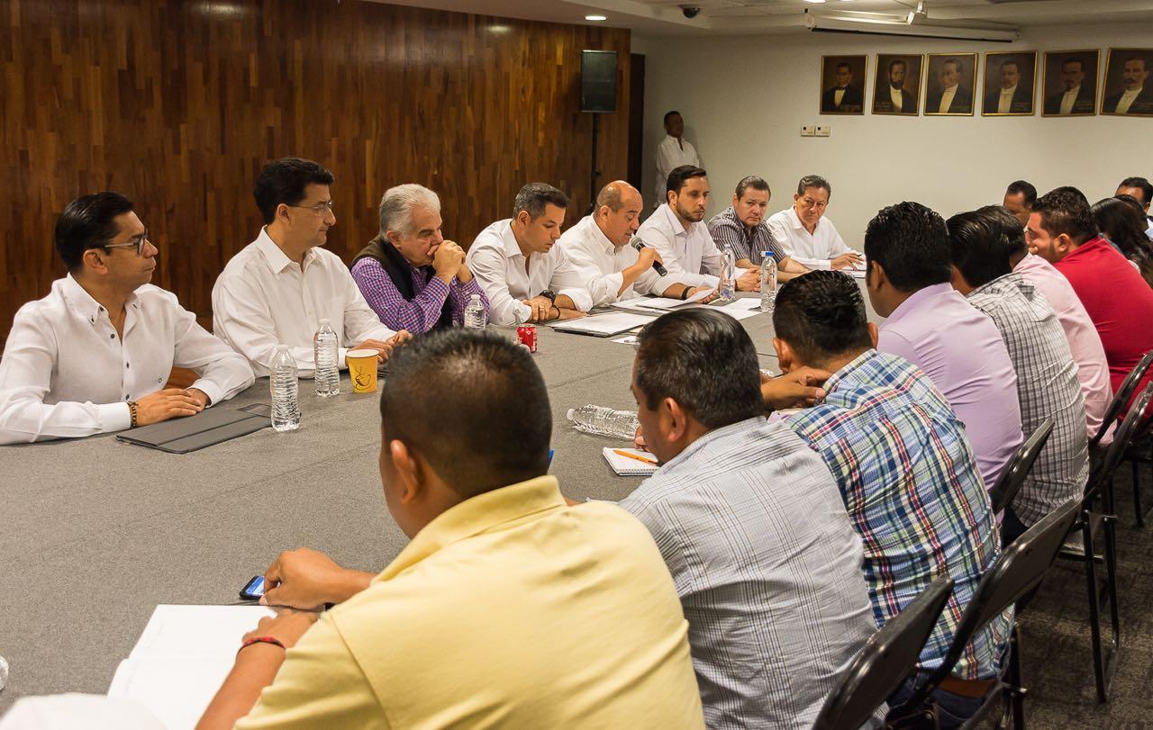 Photo of Atiende Gobierno del Estado pliego petitorio de la Sección 22 del SNTE