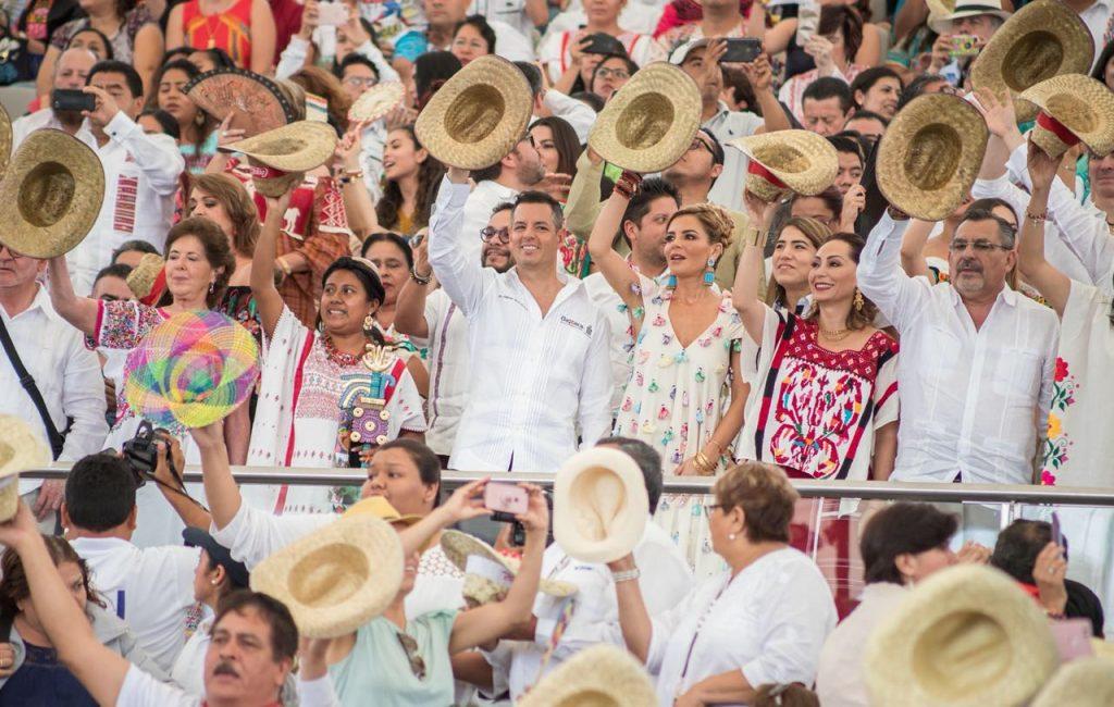 """Primer """"Lunes del Cerro"""", llena de alegría y sombro a oaxaqueños y turistas (12)"""