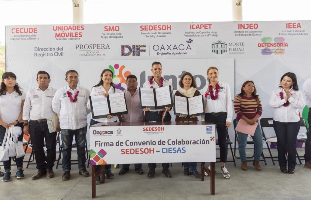 Refrenda Alejandro Murat compromiso de su gobierno para combatir el rezago social en Oaxaca (3)