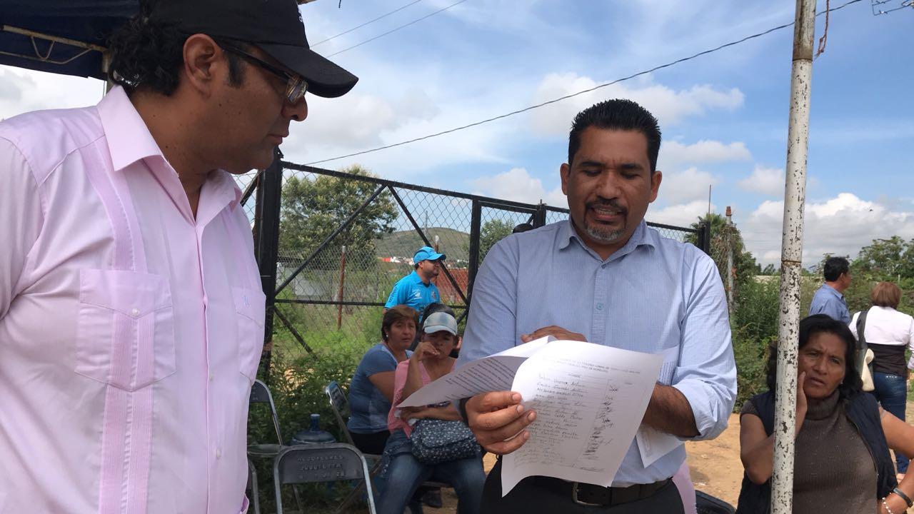 Photo of Habitantes de Santa Cruz Amilpas protestan por el mal uso de los recursos públicos en su comunidad