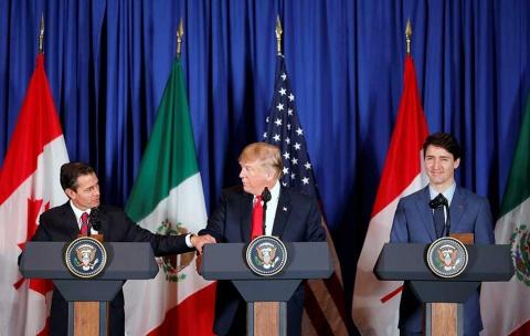 Photo of Peña Nieto firma T-MEC; se abre una 'nueva etapa' con EU y Canadá, asegura