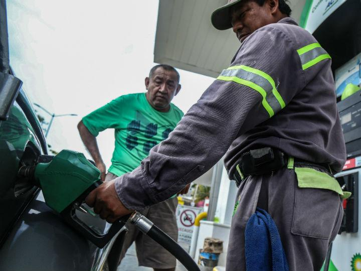 Photo of El impuesto a la gasolina continuará en 2019: SHCP