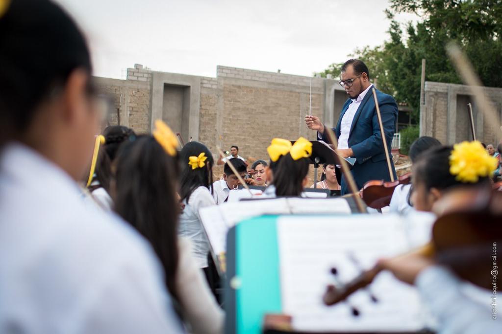 Photo of La música enseña a enseñar una vida diferente a los jóvenes: trompetista