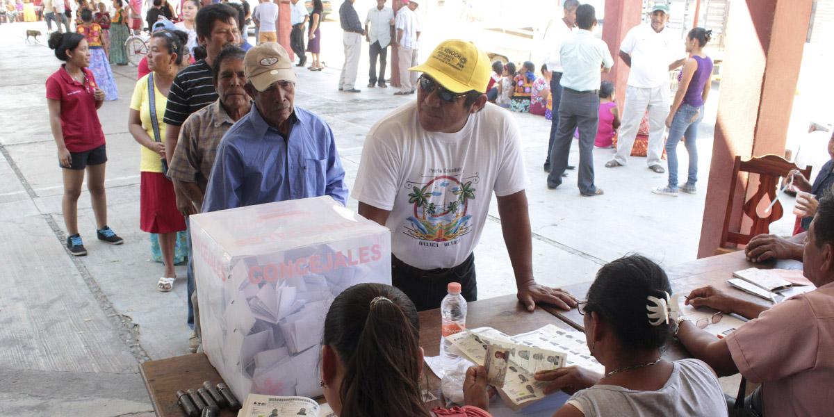Photo of Marco constitucional definirá situación en San Dionisio del Mar