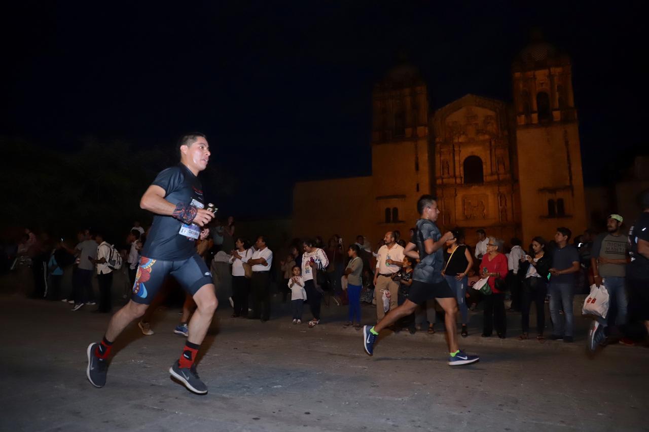 Photo of Nuevamente las calles de la Verde Antequera se llenaron de Rock and Roll  y espíritu deportivo