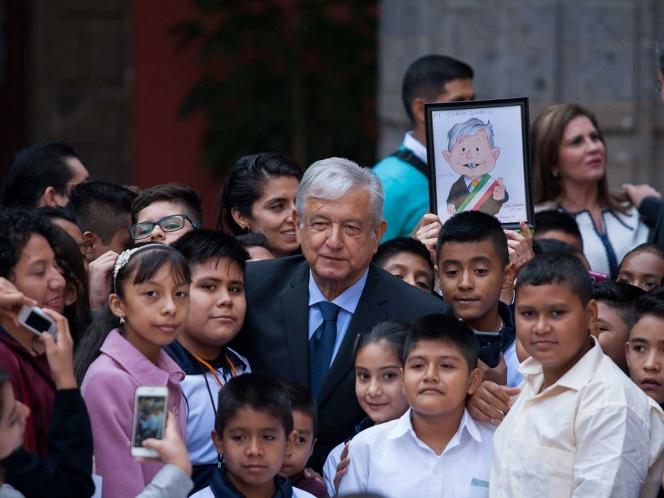 Photo of Atención con privilegios, a niñas y niños: López Obrador