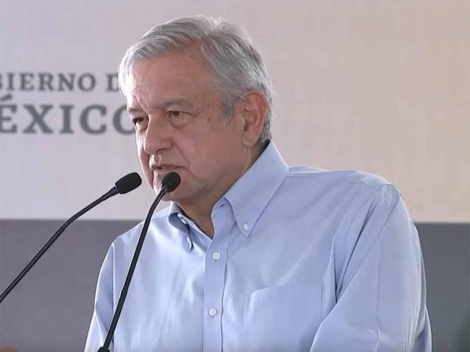 Photo of López Obrador llama a delincuentes a abandonar actividades ilícitas