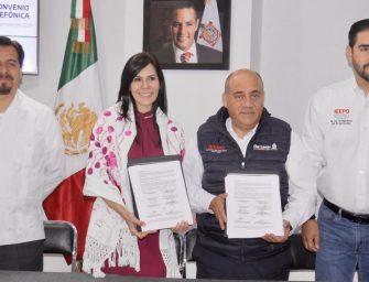 Firma titular del IEEPO convenio de colaboración  con la Fundación Telefónica México