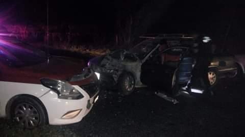 Photo of Choque entre taxi y particular deja varios daños materiales sobre la carretera federal 200