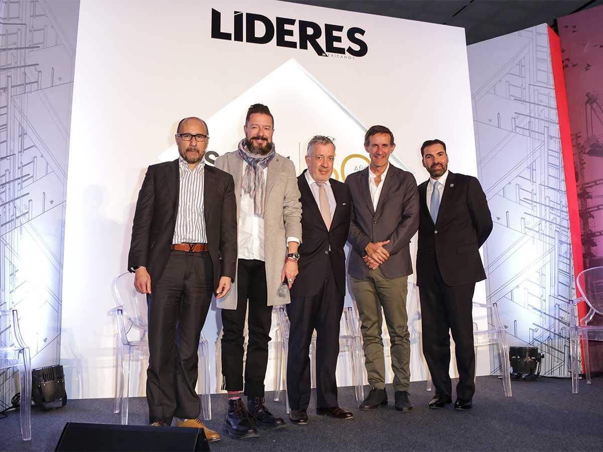 Photo of Líderes de la construcción unidos hacia el futuro