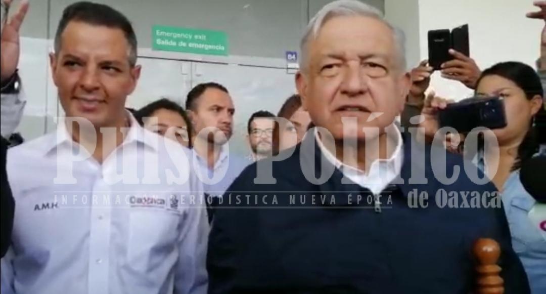 Photo of Llega AMLO a Oaxaca para inaugurar obras de pavimentación