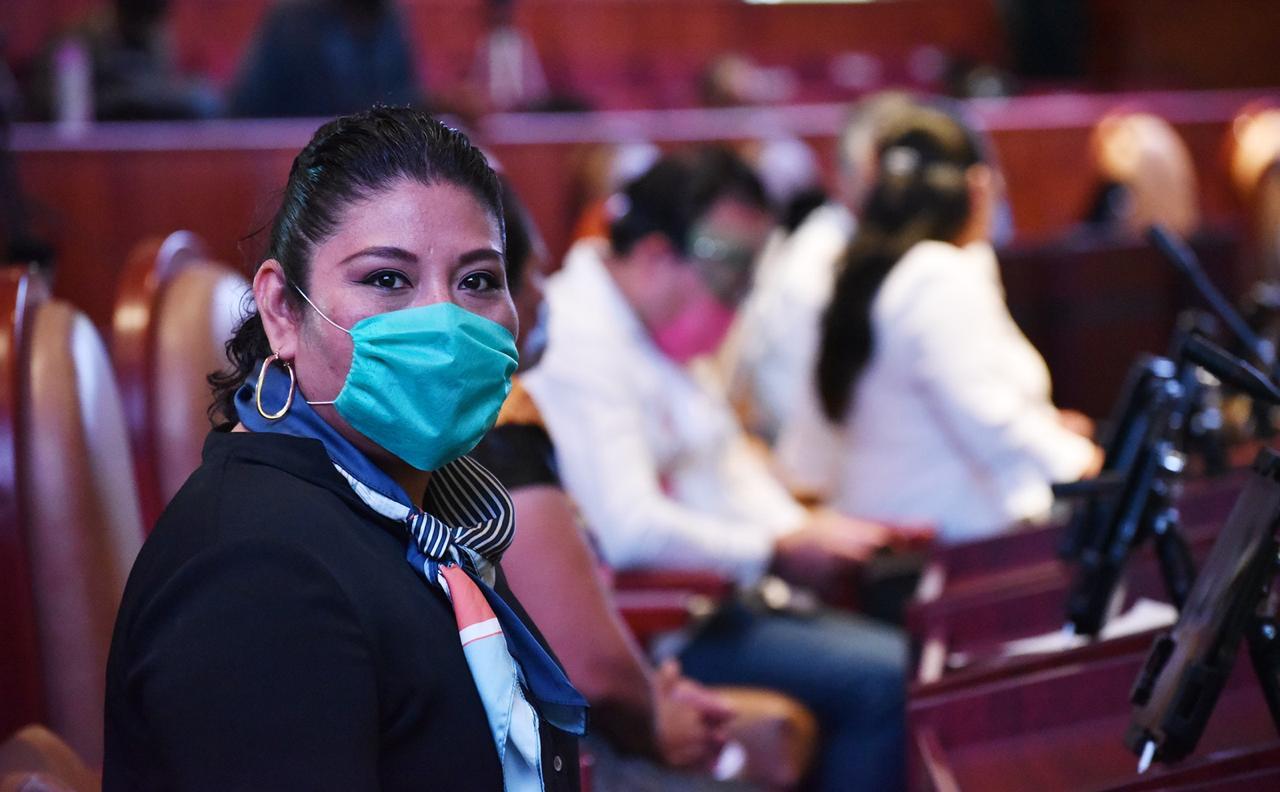Photo of Consumir productos locales y estar bien informados durante pandemia, sugiere diputada