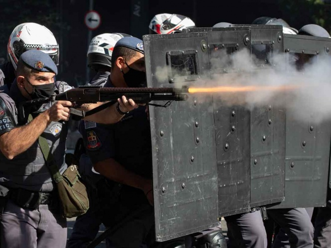 Photo of Bolsonaro usará a la fuerza de seguridad si protestas superan límites