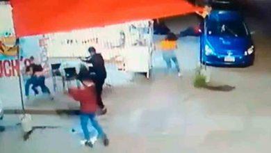 Photo of Sicarios asesinan a agente de tránsito mientras cenaba con su familia