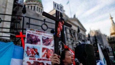 Photo of Marchan miles contra legalización del aborto en Argentina