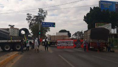 Photo of Habitantes de la colonia Buenos Aires de San Antonio de la Cal bloquean la carretera 175, exigen obras