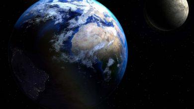Photo of Jeff Bezos promete llevar a la primera mujer a la superficie lunar